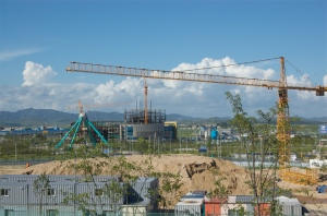Construction at Kaesong Industrial Complex, June 2008 (photo taken by the author).